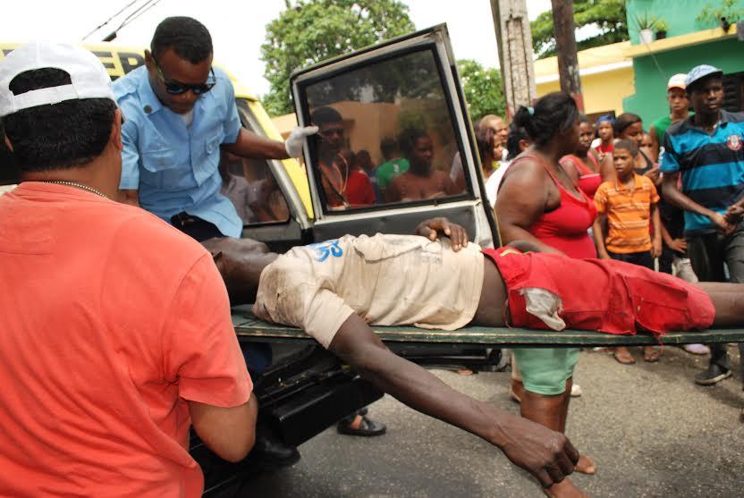 Vendedor de aguacate en estado critico tras accidente de transito