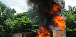 Quema de drogas en la sede de la Primera Brigada del Ejército Dominicano