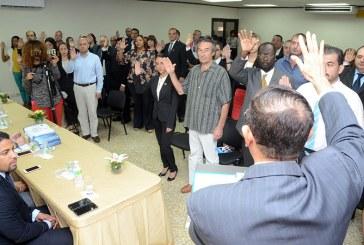 Interior y Policía juramenta 43 extranjeros como dominicanos