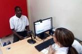 Migración llama extranjeros No Residentes a regular su estatus