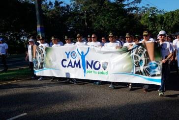 Policía realiza caminata por salud en el Mirador Sur