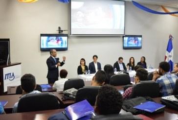 ITLA otorga más de 50 becas a jóvenes sobresalientes
