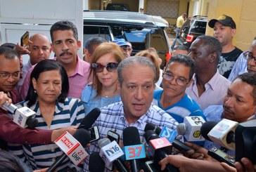 Reinaldo cuestiona críticas de peledeistas a dirección del PLD