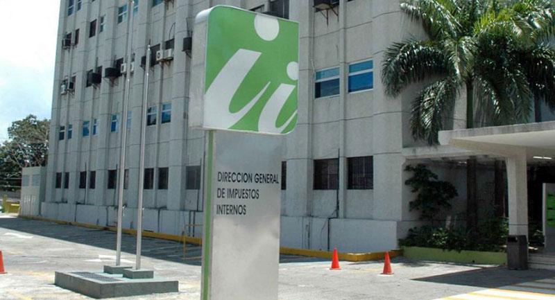 A prisión dos empresarios acusados fraude contra DGII