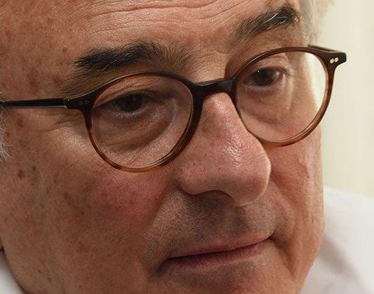 escritor Jorge Urrutia