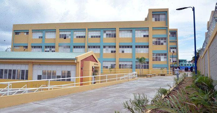 escuela Puerto Isabela
