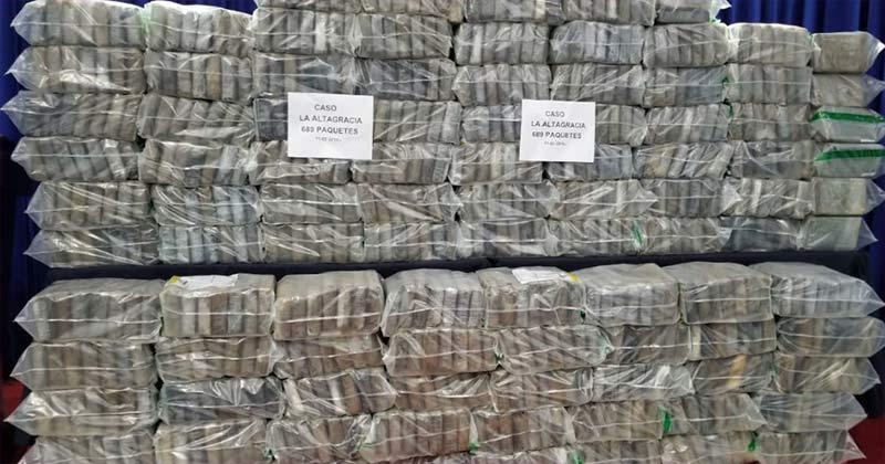Apresan 2 colombianos y 3 dominicanos por 707.41 kilos de cocaína