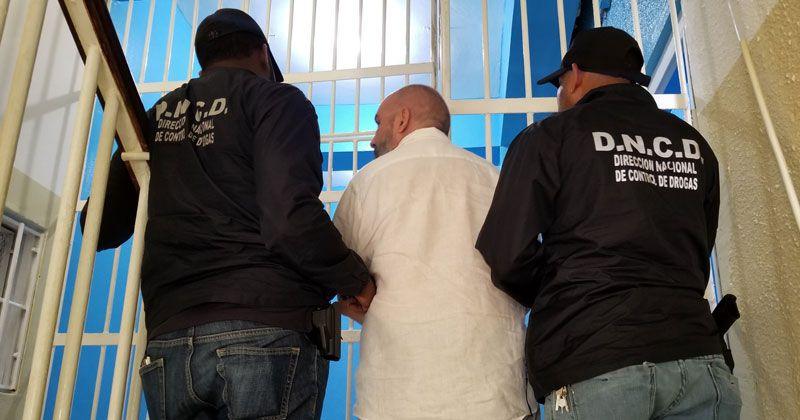 DNCD apresa extranjero buscado en Francia por blanqueo de dinero