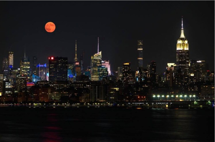 Juergen Roth NYC red moon