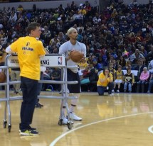 2015-10-18 Pacers FanJam - GHill 3pt