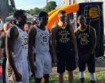 Players pose with new uniforms2