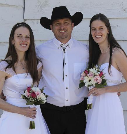 Poligamisti iz Montane bore se za bračnu dozvolu