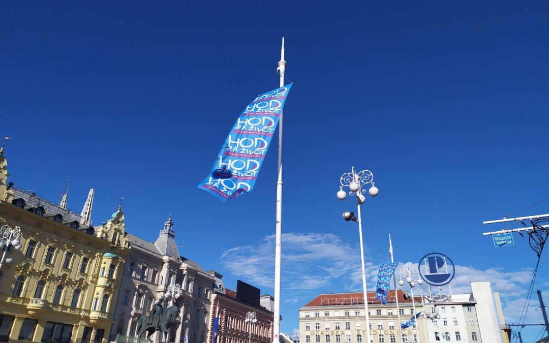 Zadivljujući prizor: zastave Hoda za život po cijelom Zagrebu