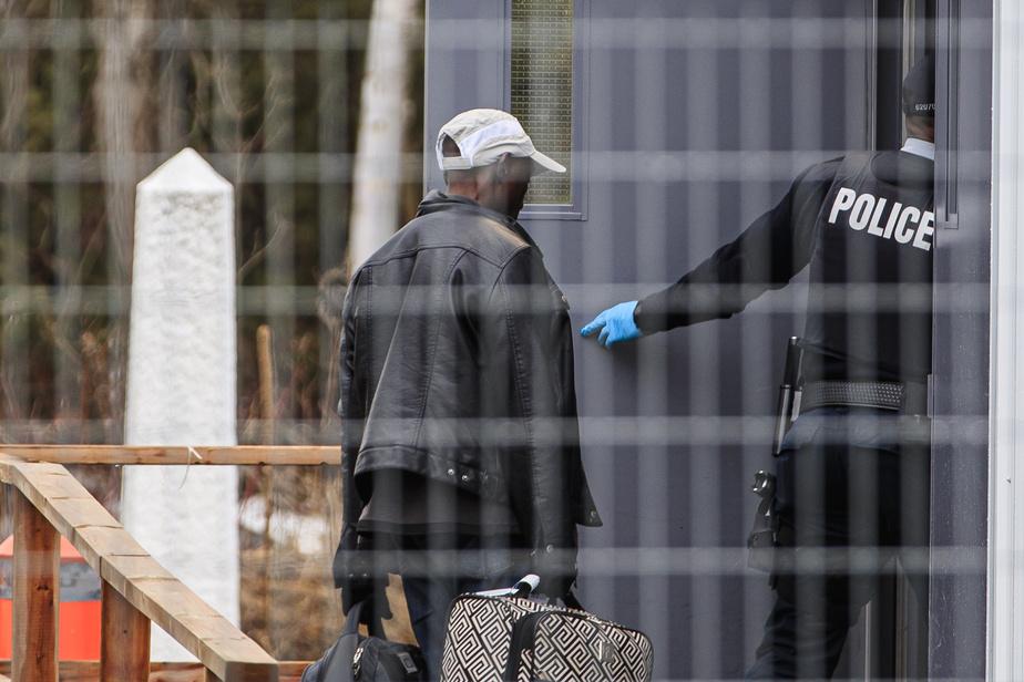 L'expulsion de migrants pourrait avoir des conséquences juridiques