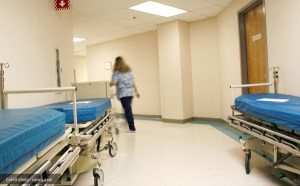 Le français dans un hôpital anglophone vu de l'intérieur : un témoignage percutant