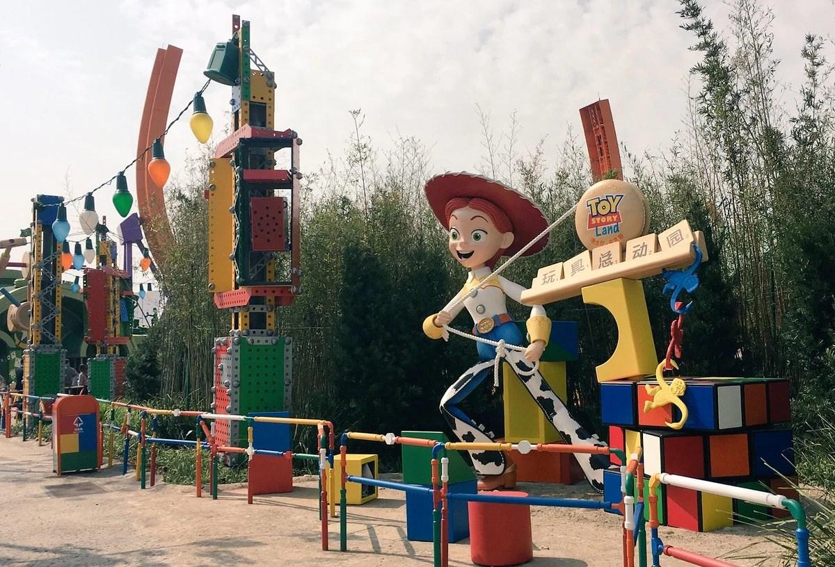 Disney Pixar Toy Story Land Wiki Fandom Powered