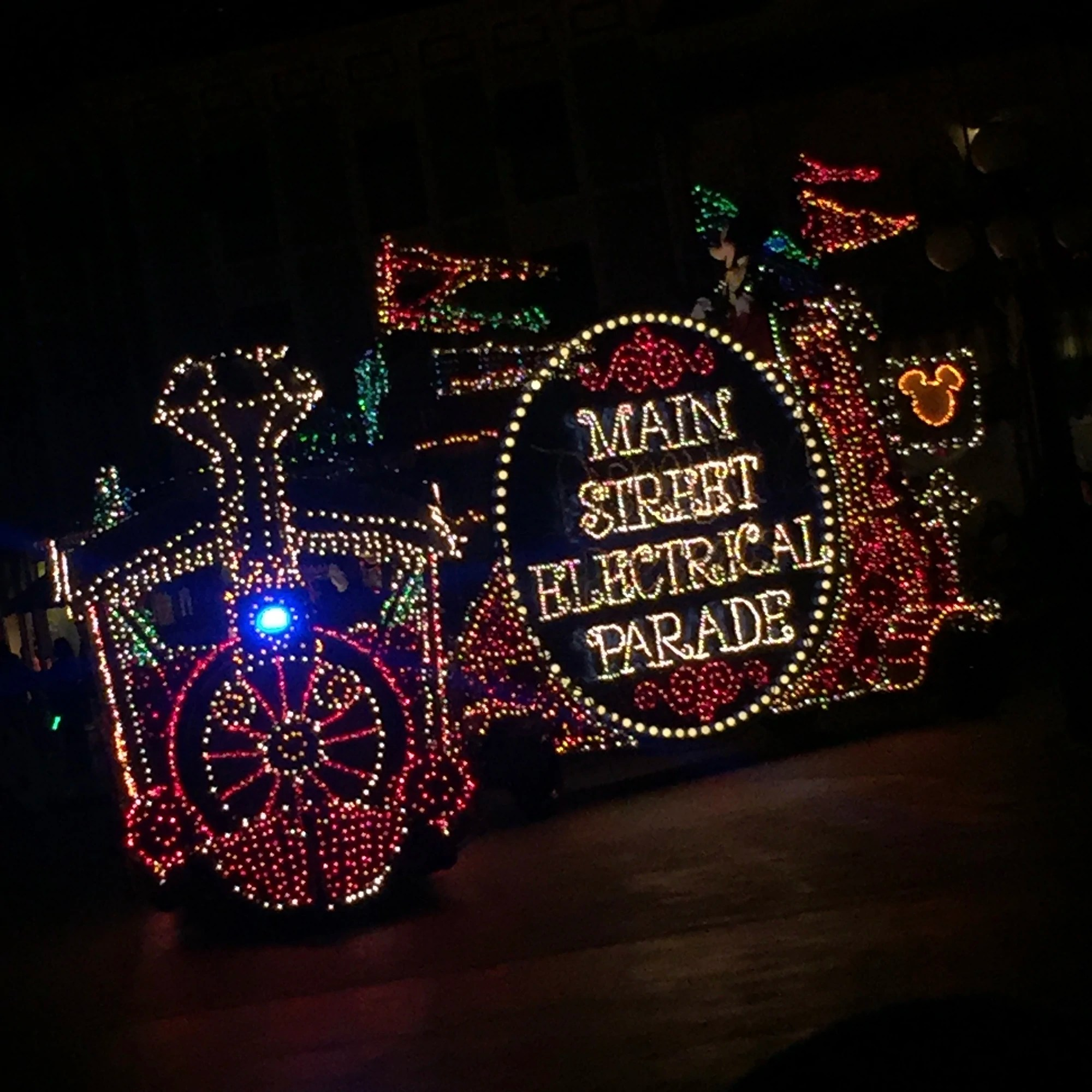 Main Street Electrical Parade Disney Wiki Fandom
