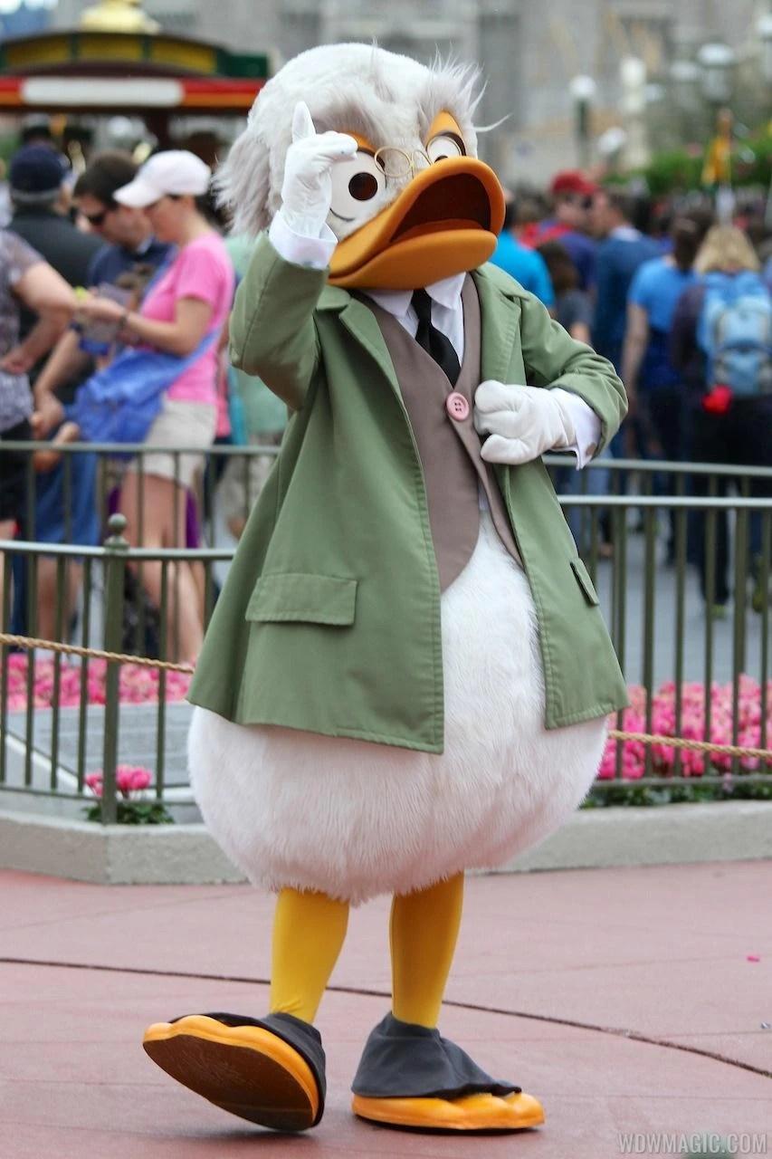Ludwig Von Drake Costumes Years Disney Wiki
