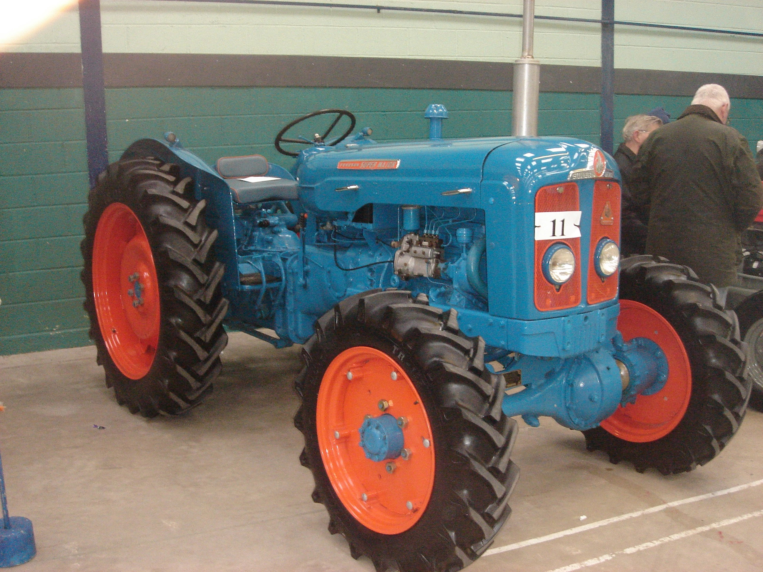 fordson e1a major tractor construction plant wiki fandom powered by wikia [ 2592 x 1944 Pixel ]
