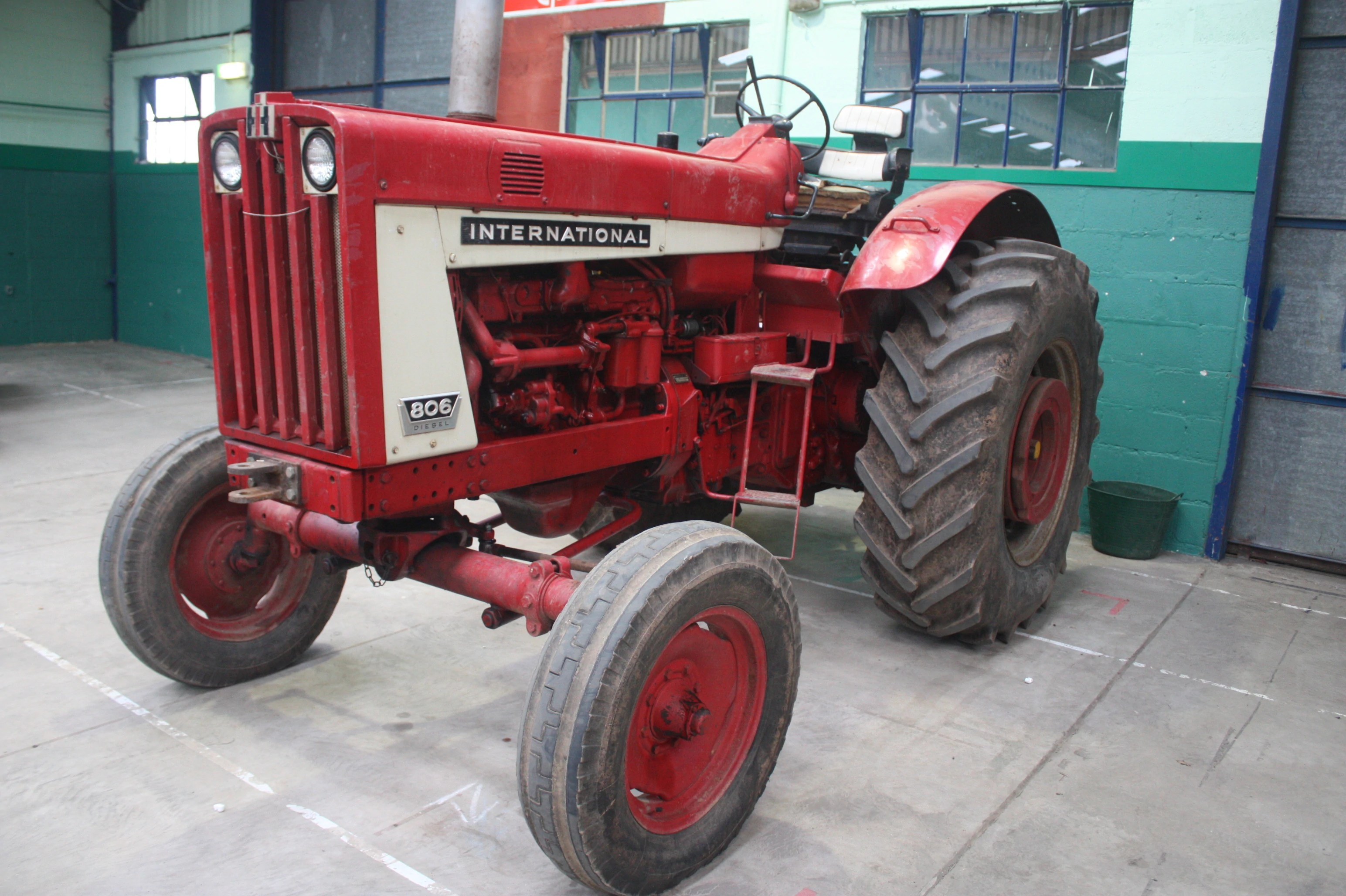 hight resolution of 806 farmall tractor wiring diagram