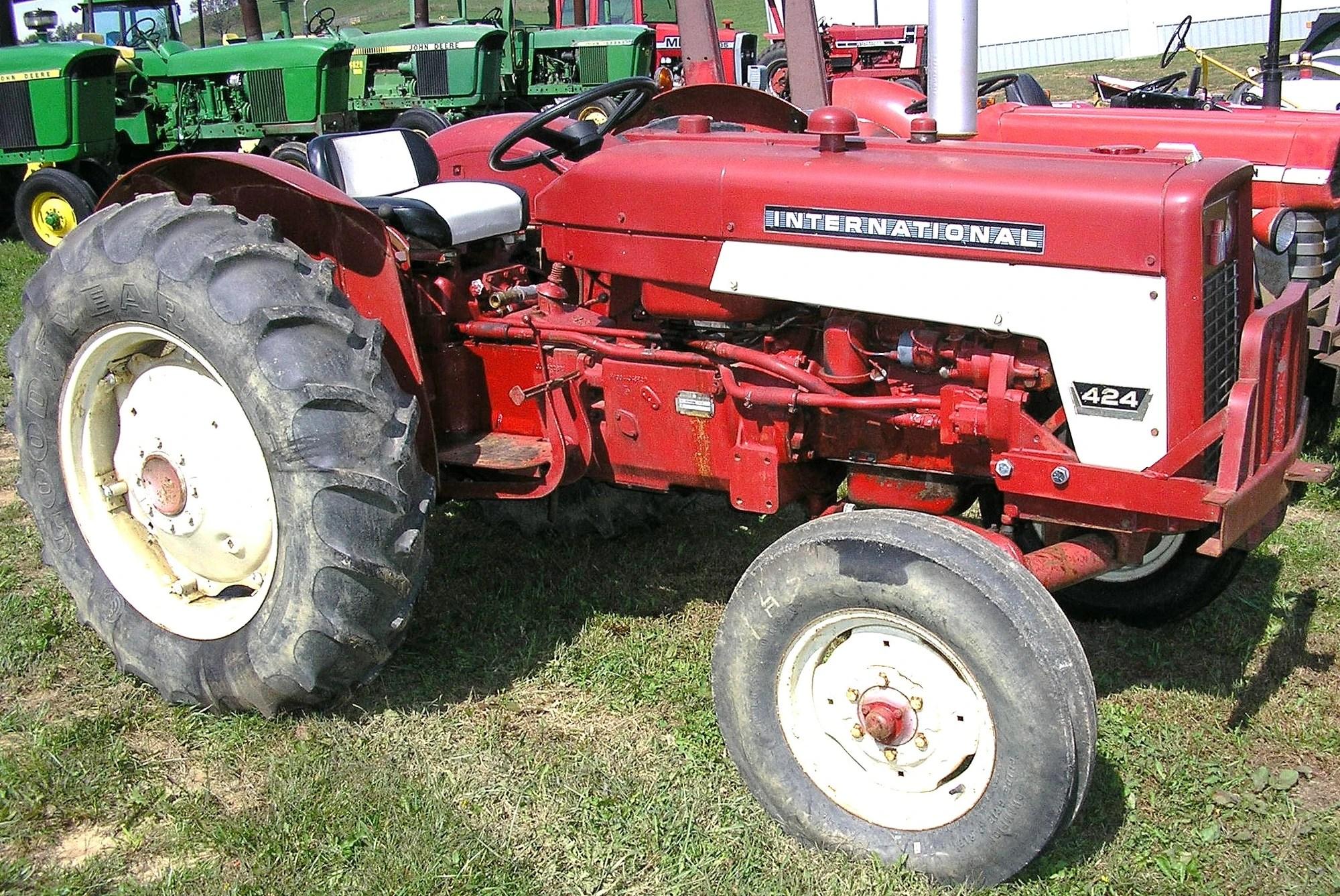medium resolution of international harvester 424 tractor construction plant wiki international harvester 454 tractor on 806 farmall pto parts diagram
