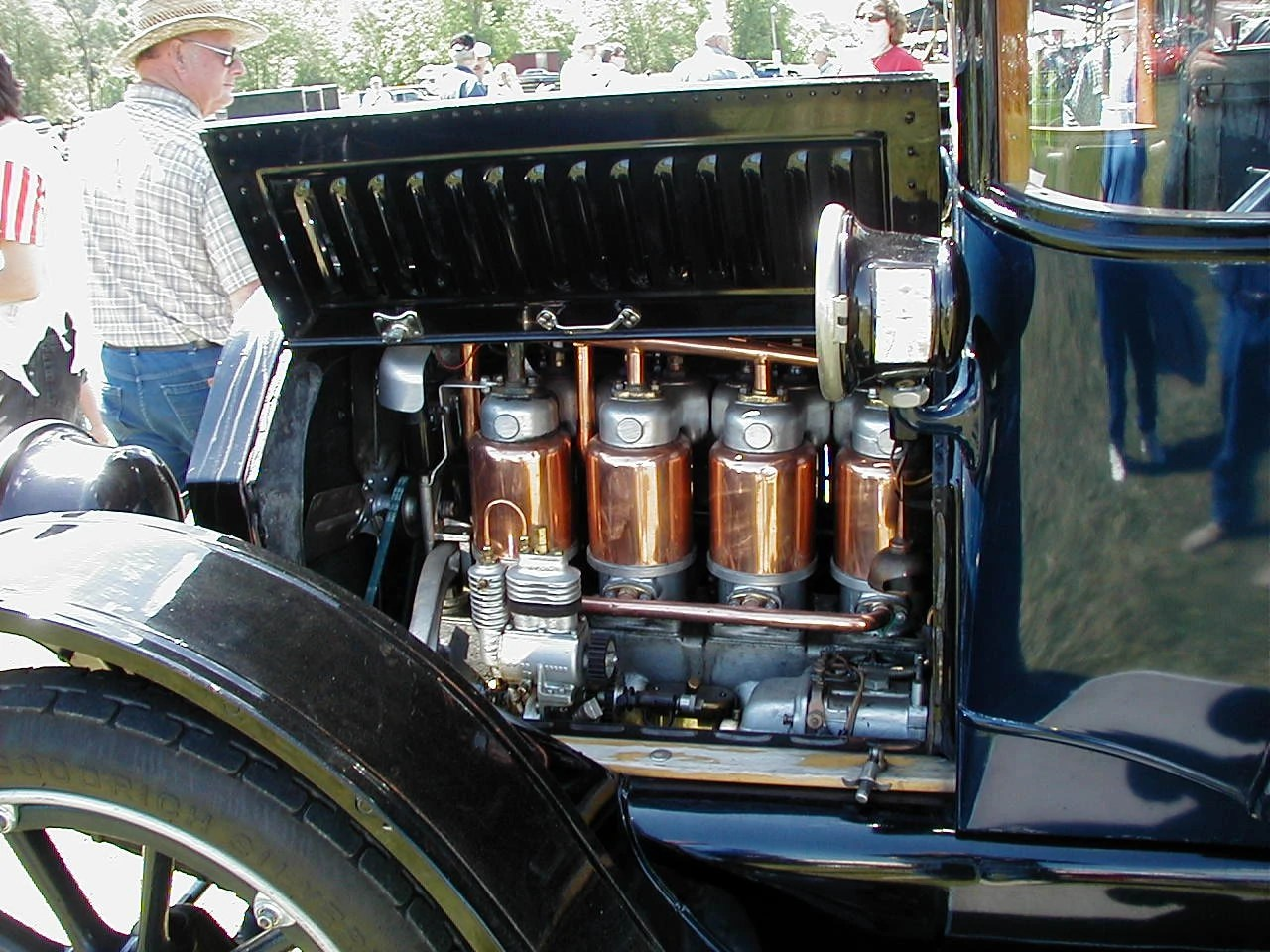 hight resolution of cadillac four engine