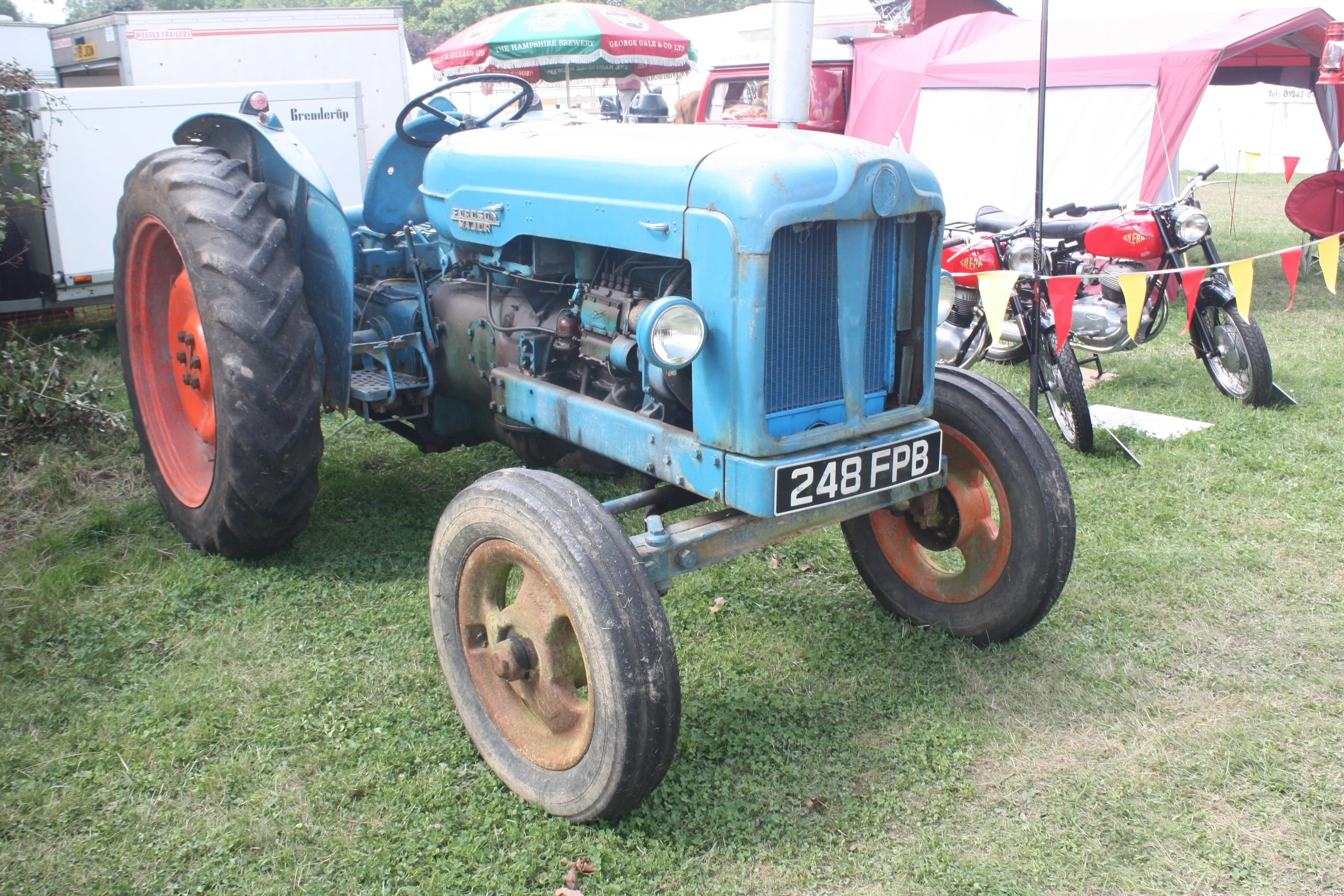 hight resolution of fordson e1a major
