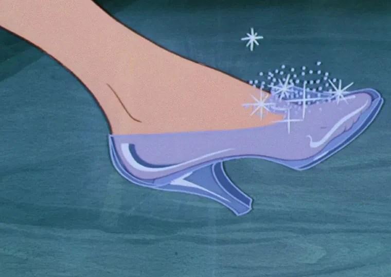 Glass Slipper Disney Wiki Fandom Powered Wikia