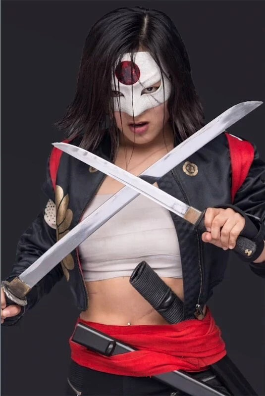 Katana Karen Fukuhara Batman Wiki Fandom Powered By