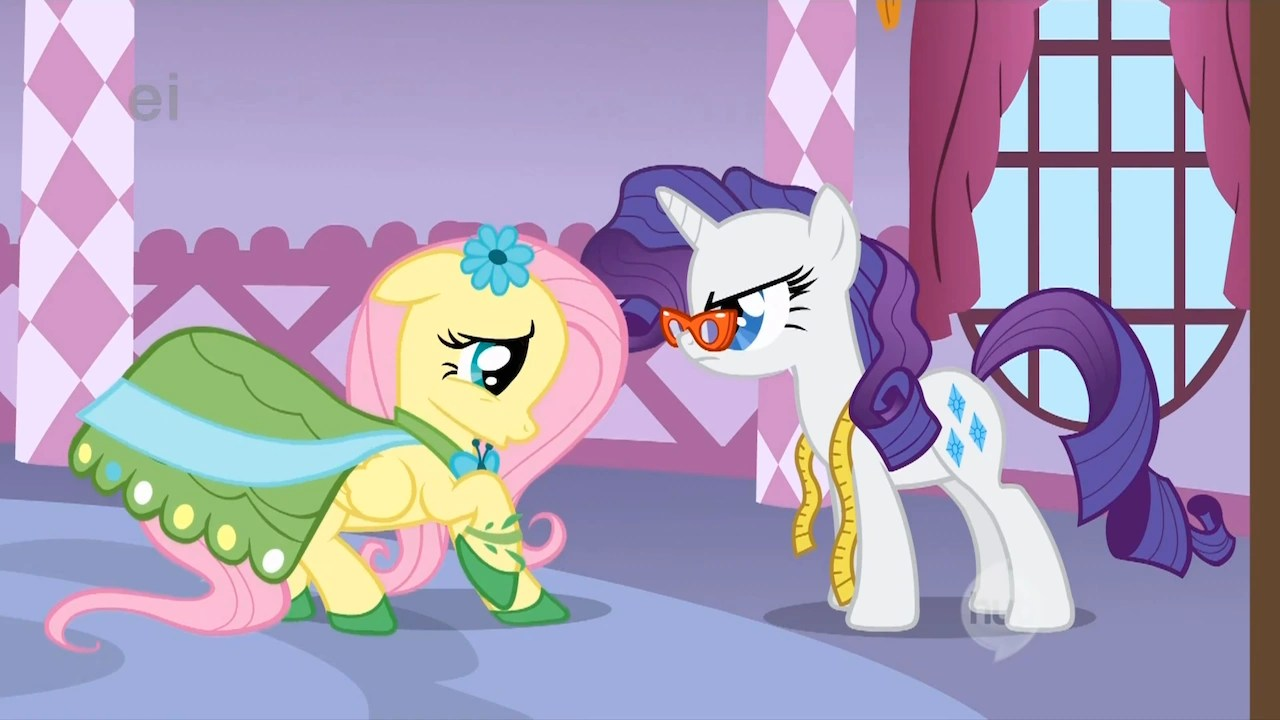 Image Rarity Asking Fluttershy About The Dress S1E14png