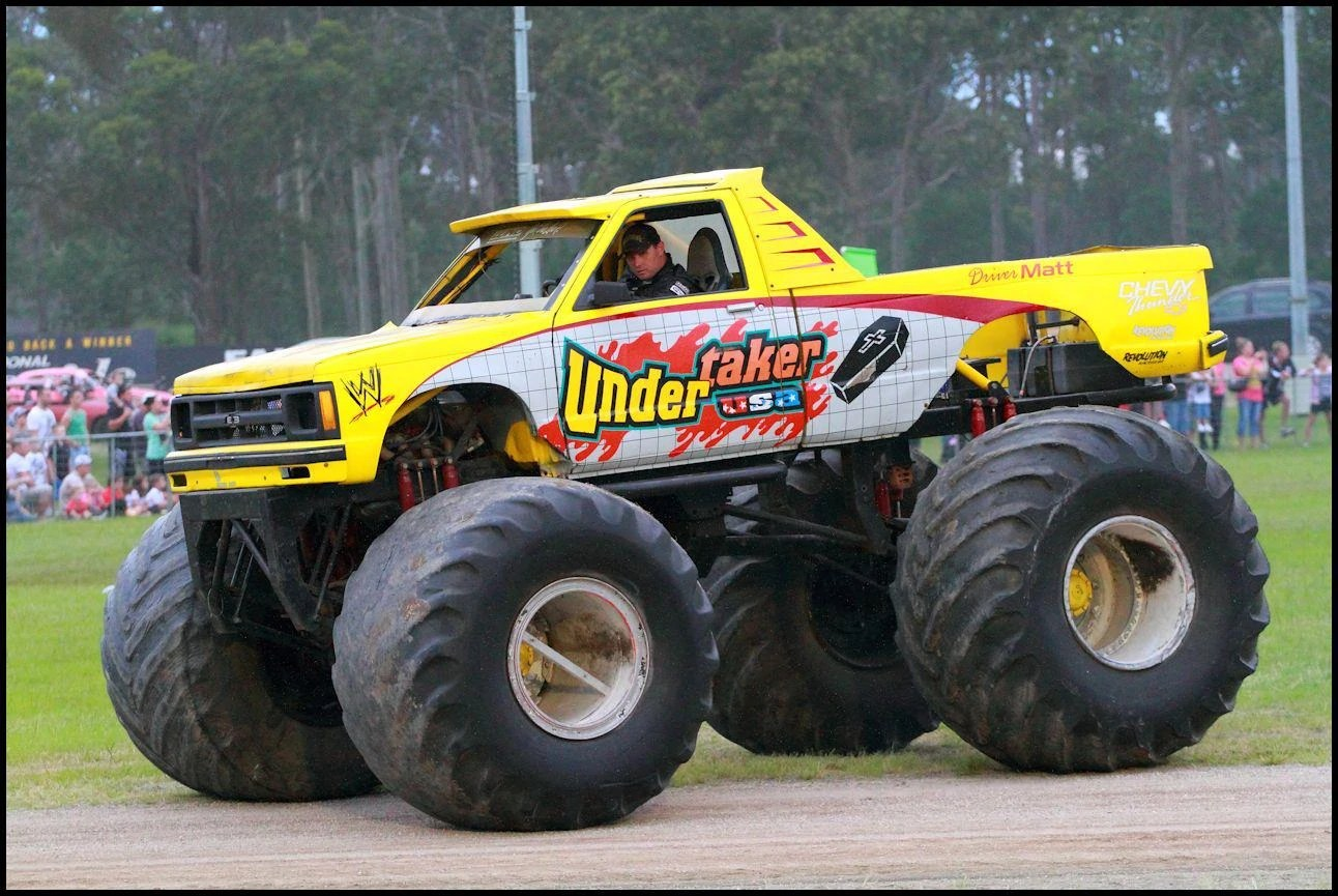 Old Skool Monster Trucks
