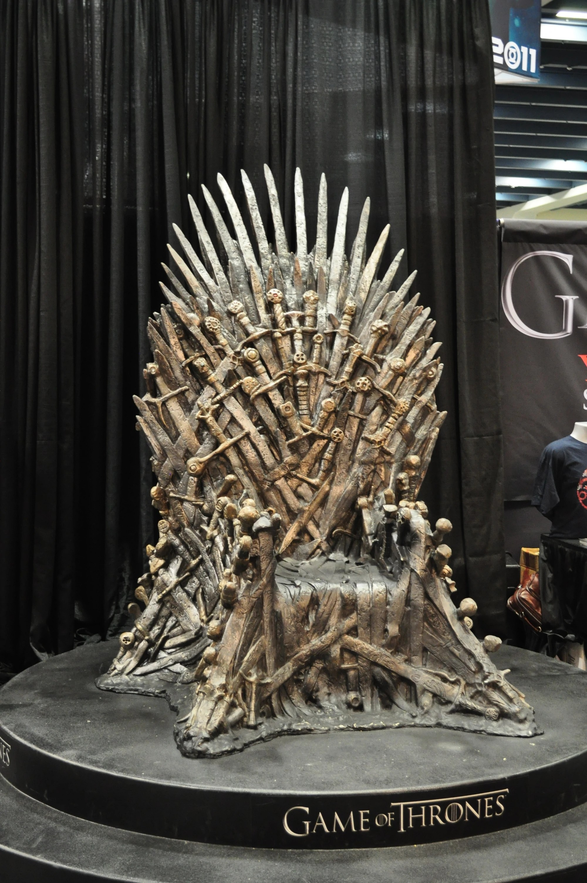 iron throne chair cosco high chairs image wondercon jpg game of thrones wiki
