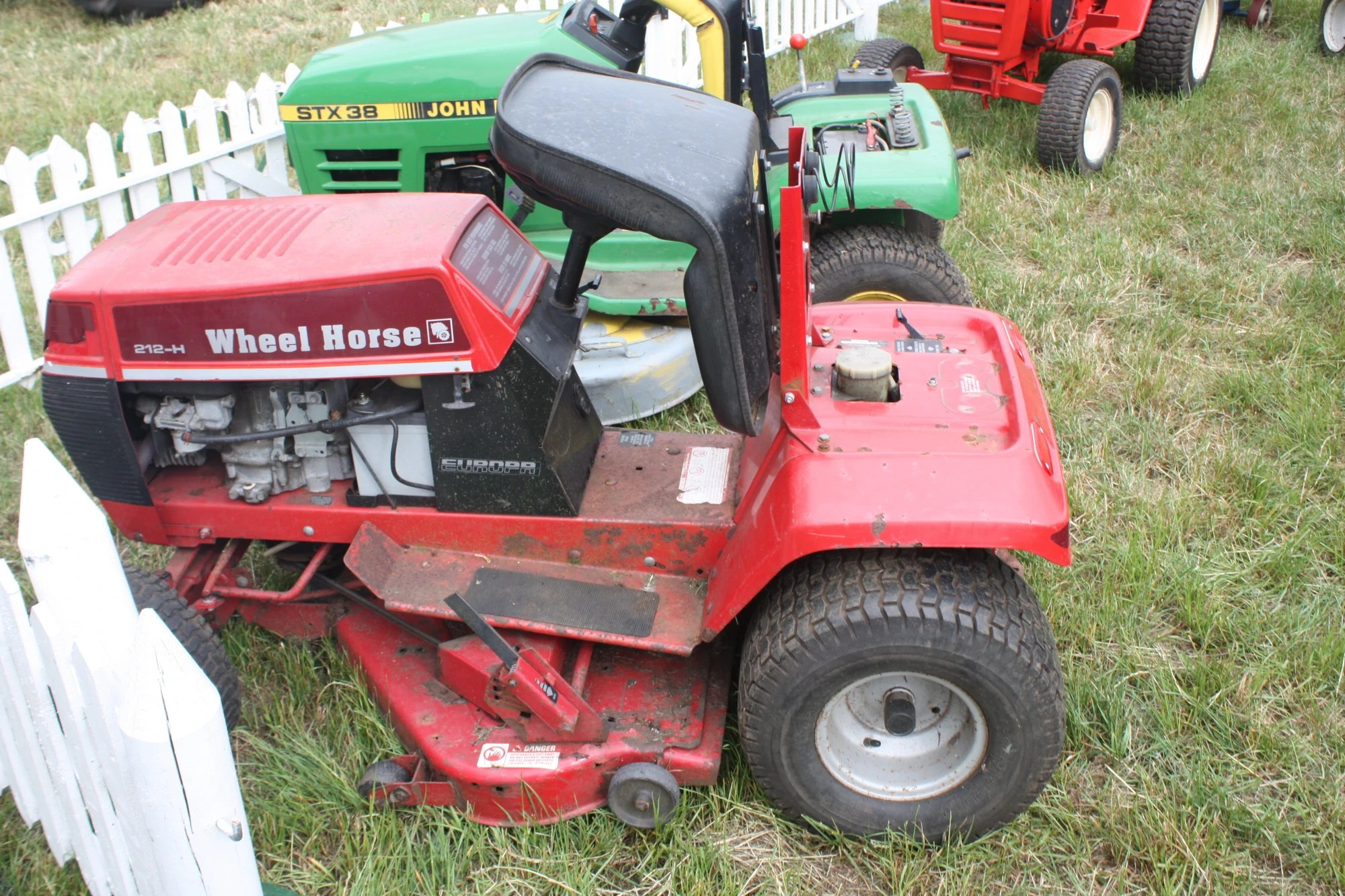 toro wheel horse 264h wiring diagram leaf structure unlabeled 212 h tractor and construction plant wiki