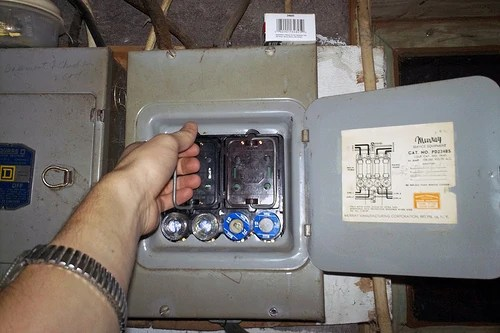 Electric Fuse Box For House