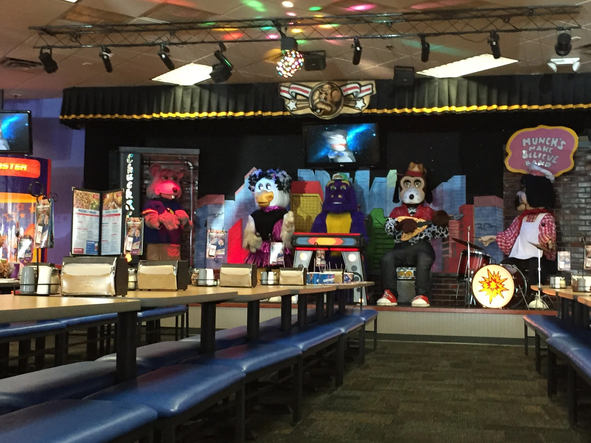 1-stage Showbiz Pizza Wiki Fandom Powered Wikia