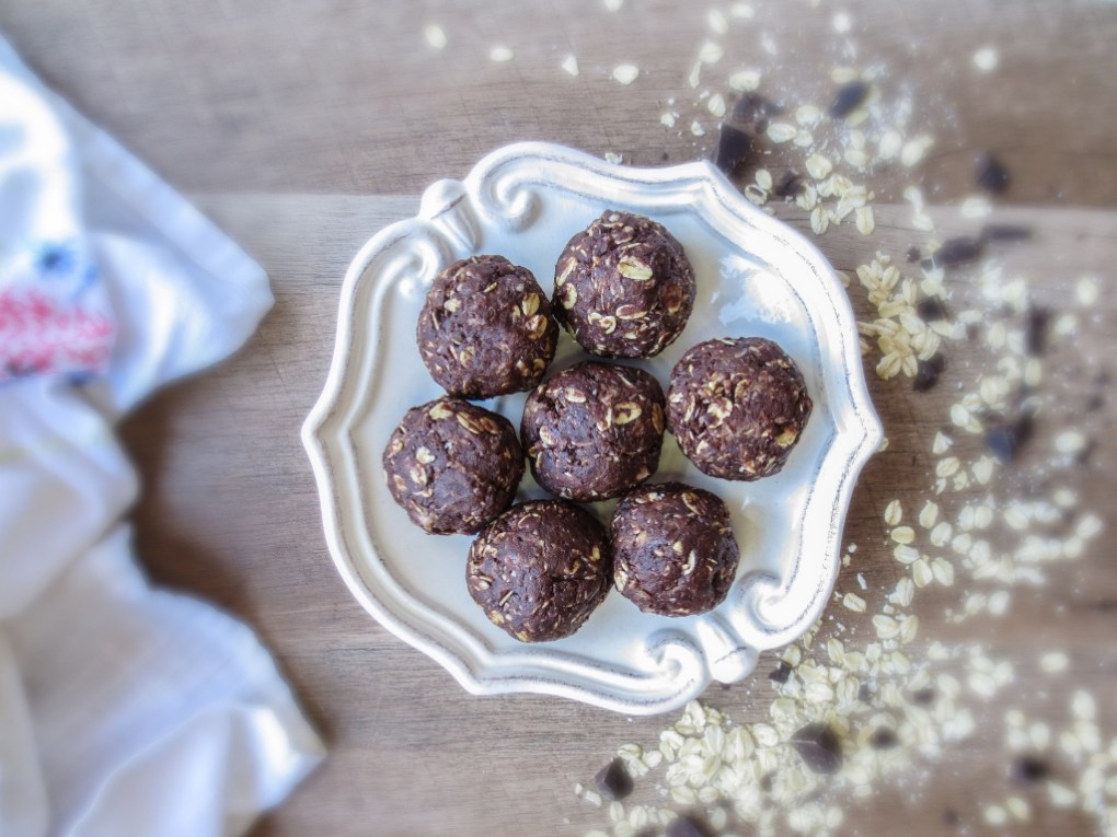 chocolate chia superfood lactation bites to increase milk supply fast