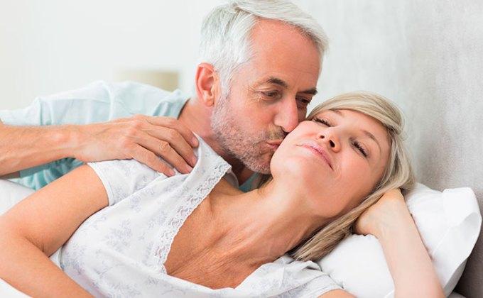 Menopauza není překážka v sexuálním životě