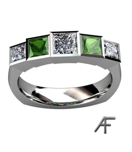 alliansirng med gröna & vita diamanter