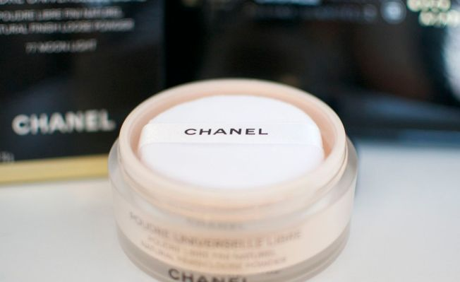 chanel_loose_powder_moonlight