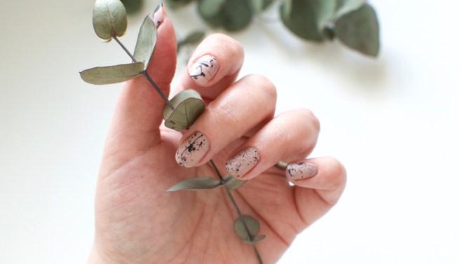 splatter_nails_nude_viilankantolupa