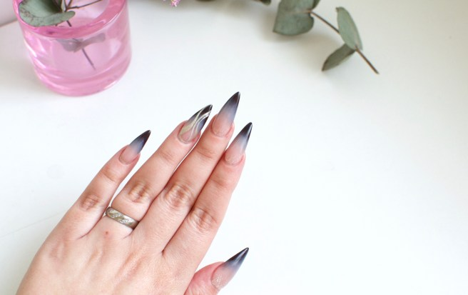 long_acrylic_nails_viilankantolupa_beauty_blog