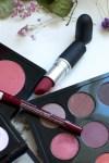 Meikkityylinä monochrome – meikki yhdellä värillä