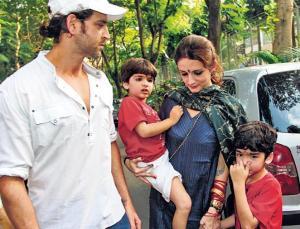 Hrithik Roshan family, childhood photos | Celebrity family#Vijayrampatrika.com