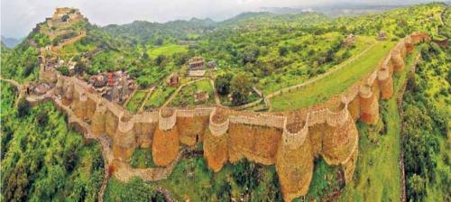 ये है विश्व की दूसरी सबसे बड़ी दीवार, बनाने को चढ़ानी पड़ी थी संत की बलि