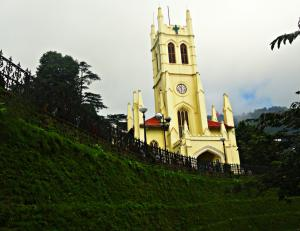 Top 5 Most Popular Churches in India you may visit for Christmas