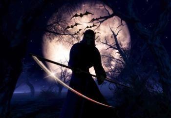 सूर्य और चन्द्रमा से संबंधित संकेत- 5. जिस मनुष्य को ग्रहों (सूर्य-चन्द्रमा) के दर्शन होने पर भी दिशाओं का ज्ञान न हो तो उस मनुष्य की मृत्यु 6 महीने में हो सकती है। 6. जिस मनुष्य को चंद्रमा व सूर्य के आस-पास काला या लाल घेरा दिखाई देने लगे तो उस मनुष्य की मृत्यु लगभग 15 दिन के अंदर हो सकती है। 7. जिसे चंद्रमा और तारे ठीक से न दिखाई दें, उसकी मृत्यु एक महीने में हो सकती है। जिसे आकाश में सप्तर्षि तारे न दिखाई दें, उस मनुष्य की आयु भी 6 महीने ही बाकि समझी जा सकते है। आगे की स्लाइड्स पर जानें अन्य संकेत-