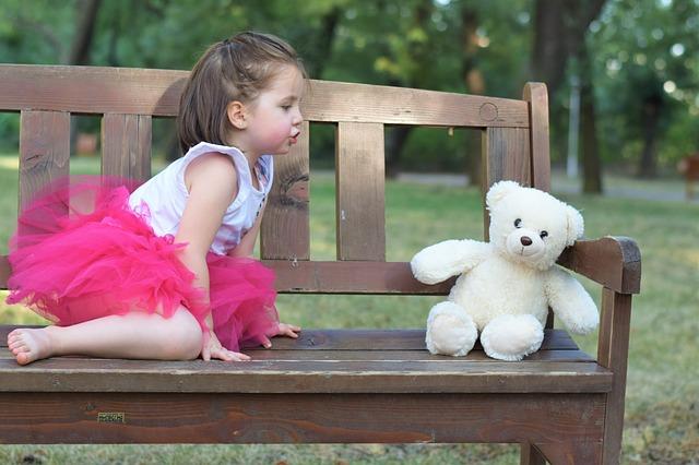vika raskina - small girl playing