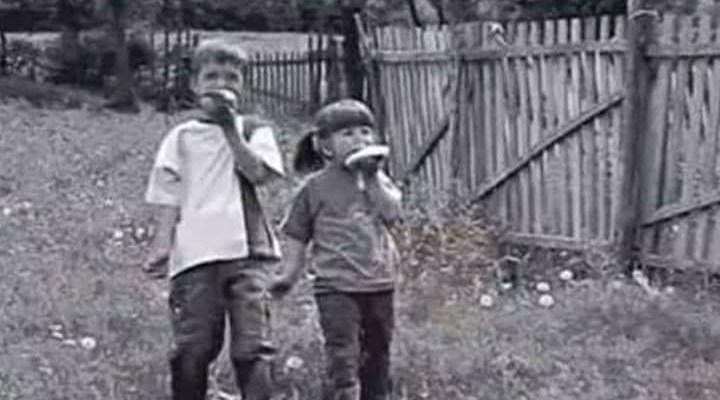 """Bezbrižno djetinjstvo nekad – """"…namaž' de mi još jednu krišku ..."""
