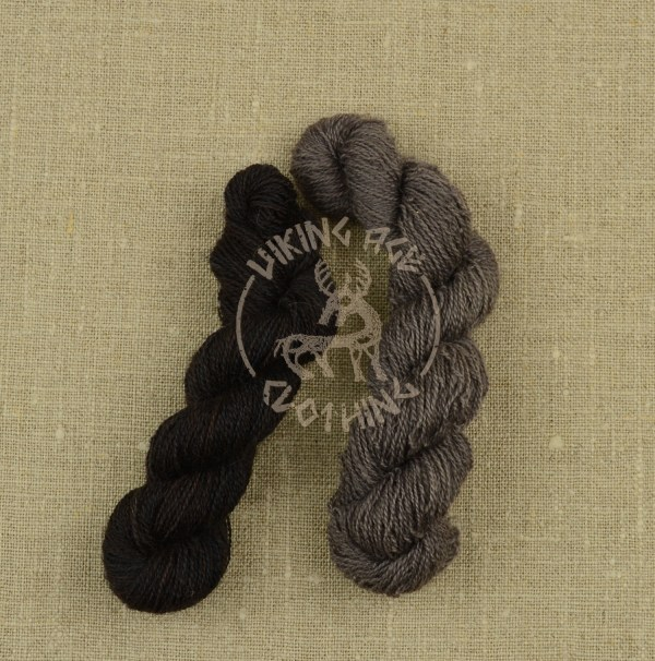 Plant-dyed 20/2 worsted - black and grey