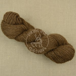 Natural brown wool yarn värmlandsfår